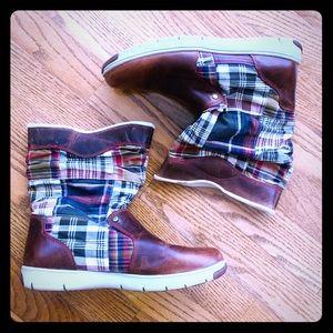 Tommy Hilfiger Plaid Boots